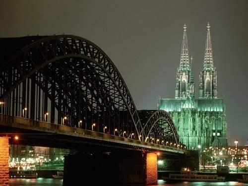 美轮美奂的伦敦大桥夜景
