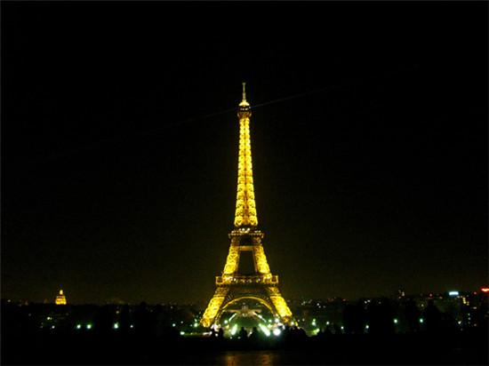 儿童巴黎铁塔图案