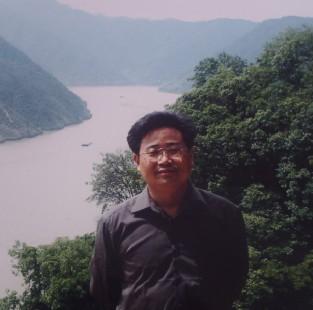江苏省海安县城东镇韩洋初级中学校长