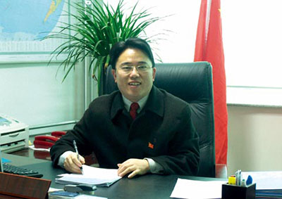 田 琳 北京市中央民族大学附属中学校长