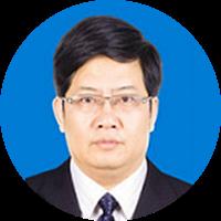 陆圣华 江苏省启东中学校长